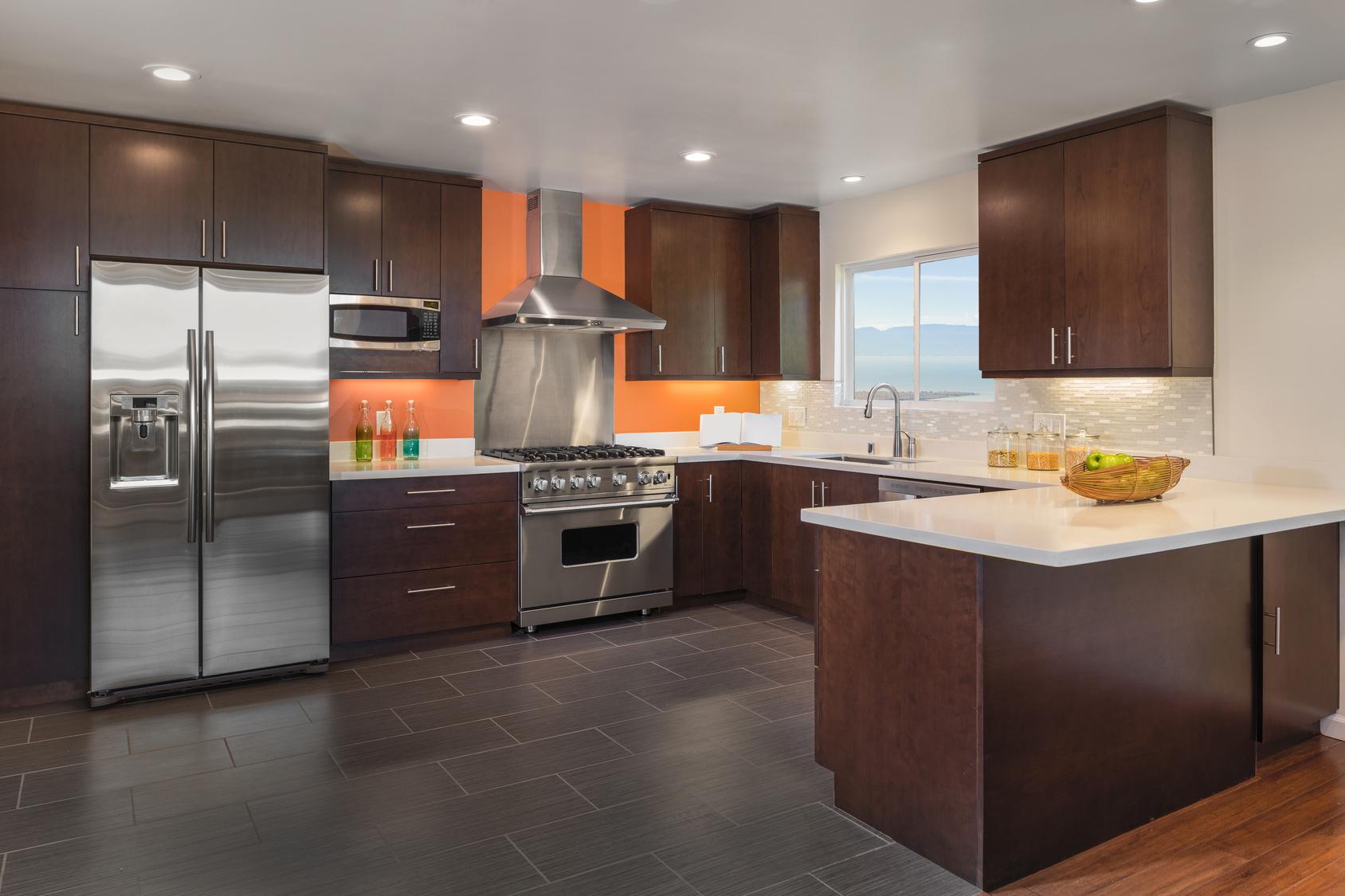 Modern kitchen gaja massmobel und kuchen for M bel inhofer küchen